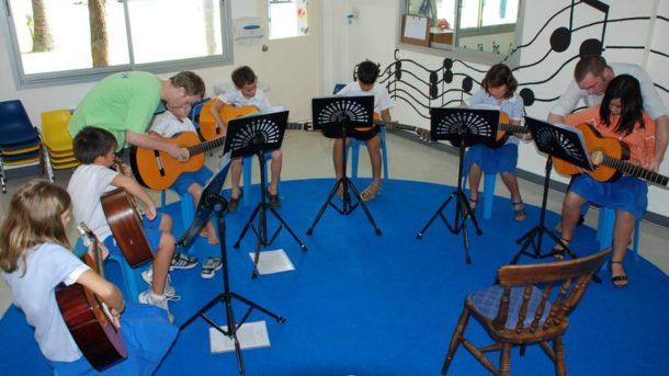 CRM для музыкальной школы