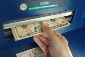 Банкоматы поддерживающие вывод долларов и их лимиты фото